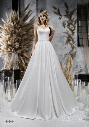 Voluminous white wedding dress with belt on wholesale 444