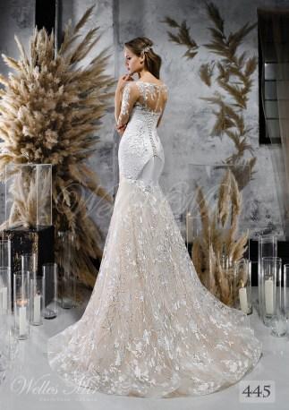 Сдержанное свадебное платье-годе с длинными гипюровыми рукавами оптом-2