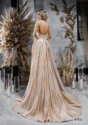 Удивительное бежевое свадебное платье с кейпом оптом-2