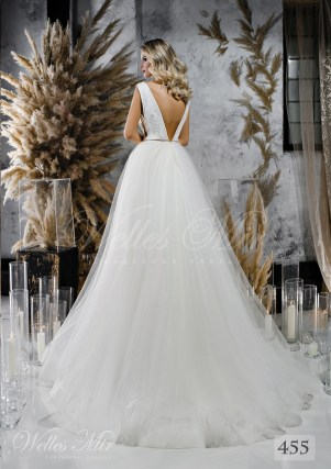 Wedding dress with a lush skirt and split corset wholesale from WellesMir-2