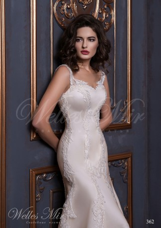 Свадебное платье покрытое гипюром-2