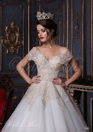 Chiffon wedding dress with golden embroidery-2