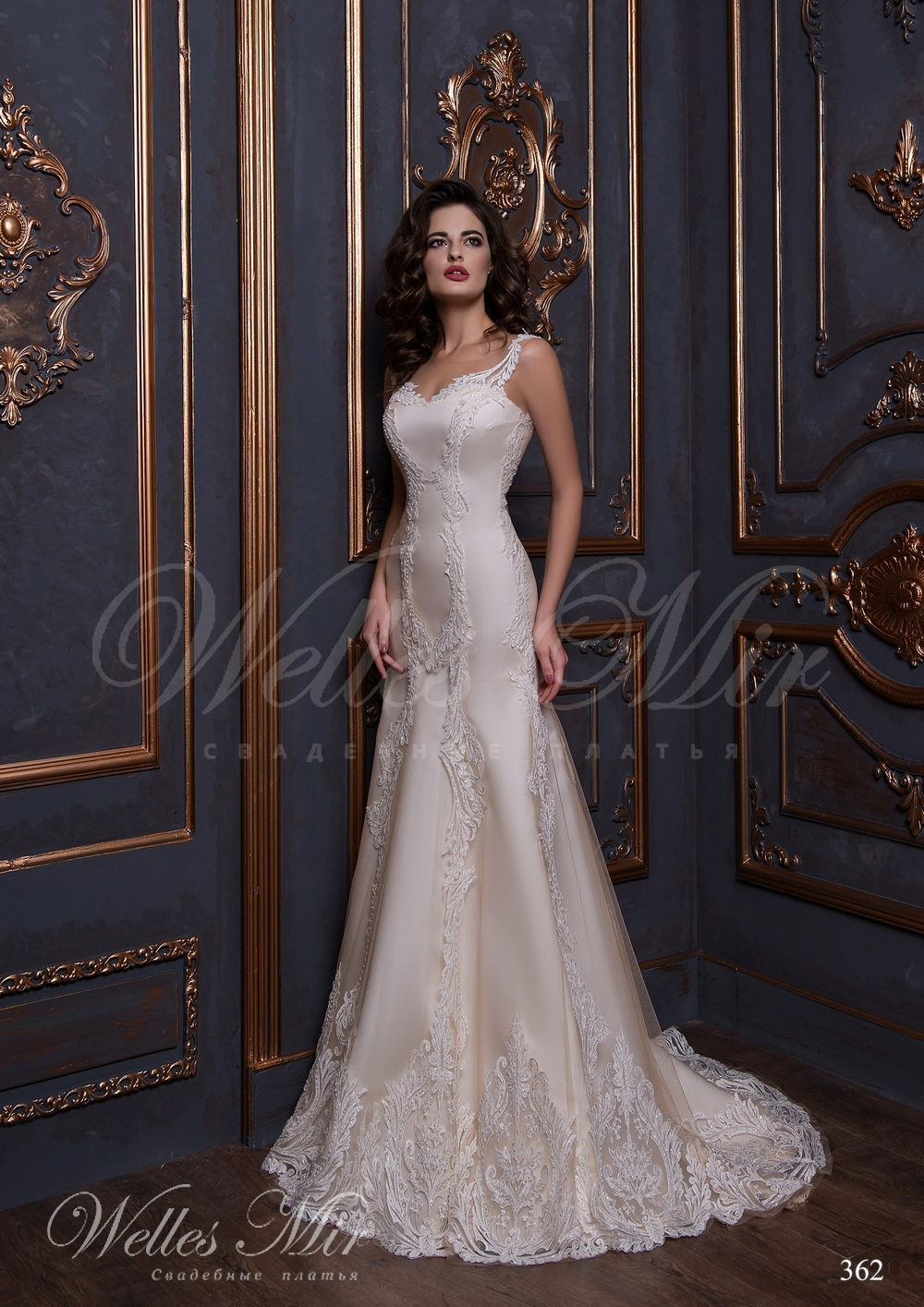Wedding dress covered with lace 362