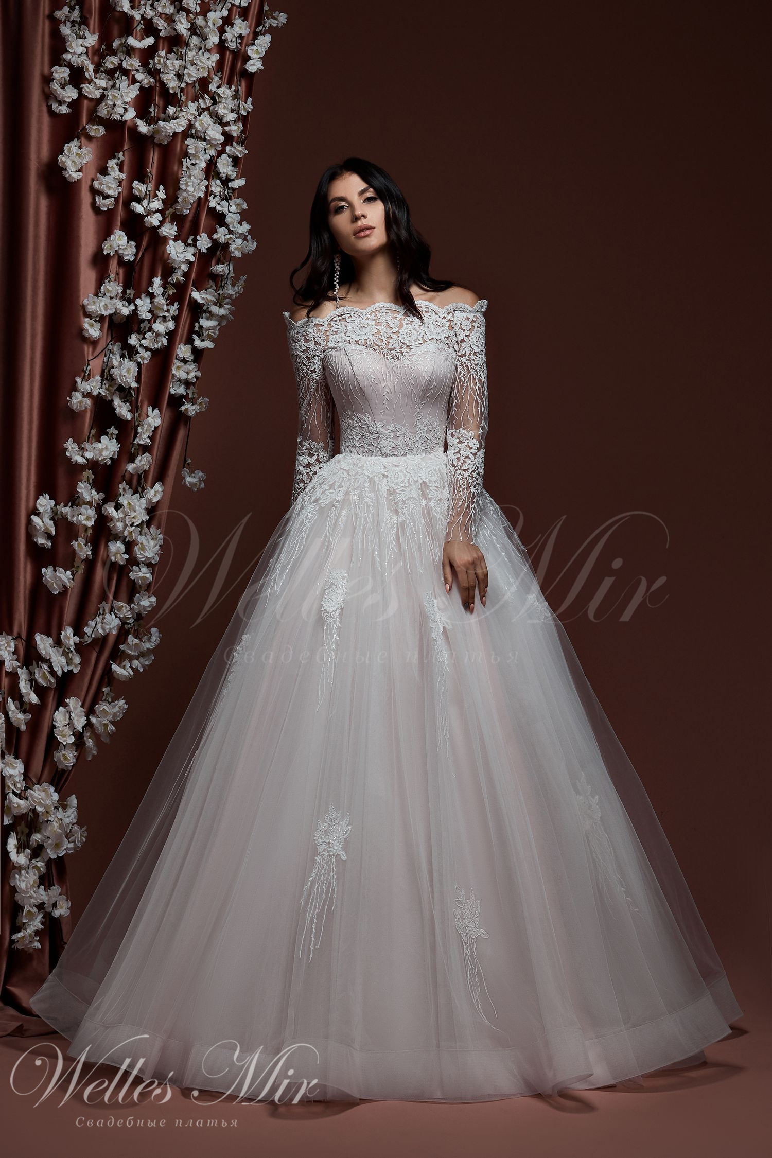 Wedding dresses 536
